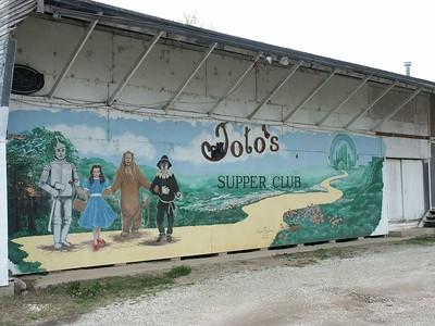 """""""Toto's Supper Club"""" mural"""