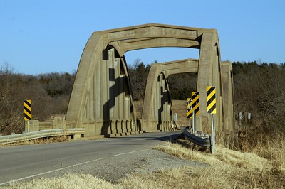 Double Marsh arch bridge over Caney River near Cedar Vale