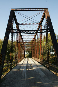 Iron truss bridge over Cottonwood River southeast of Emporia