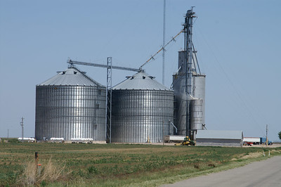Grain elevators at Collano