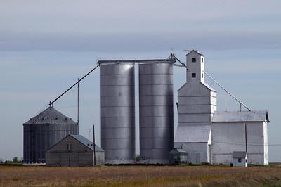 Grain elevator at Tractor