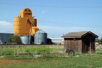 Grain elevator and shack in Scott City