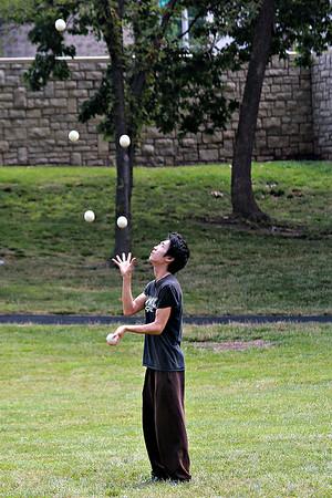 Juggle Juggling