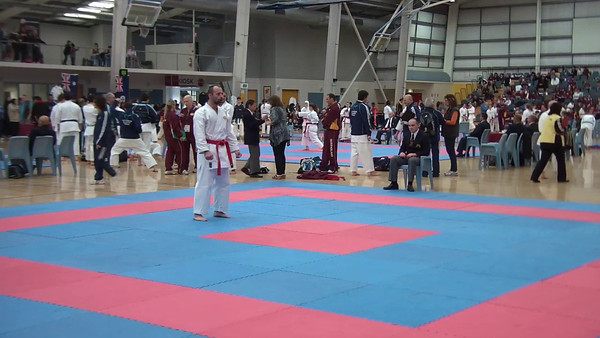 Mens Vets Kata Final Pat v Craig Catania