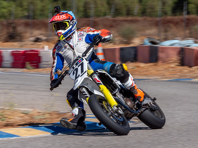 2020October16_ApexOpenPracticeBikes-1766927