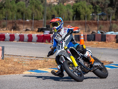 2020October16_ApexOpenPracticeBikes-1766942