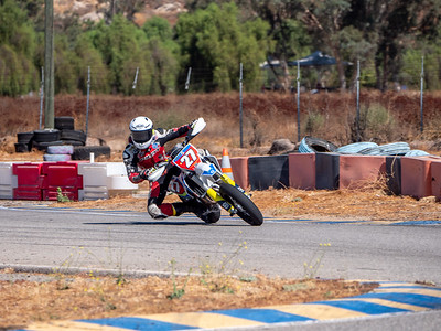 2020October16_ApexOpenPracticeBikes-1766932