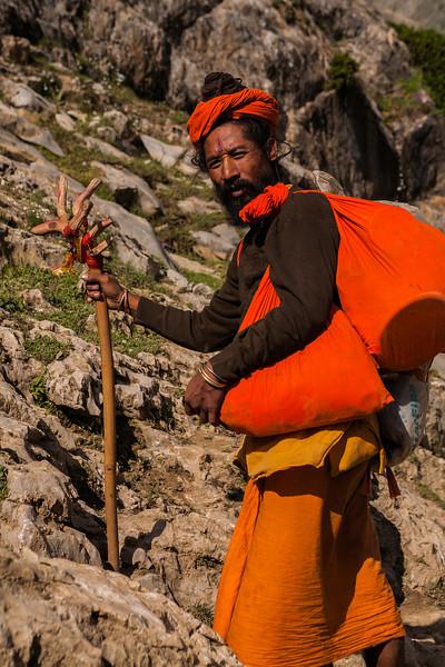 Sadhu en route Amarnath, Kashmir, India