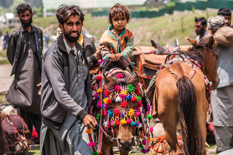 Gujjar father and daughter at Aru, Kashmir, India