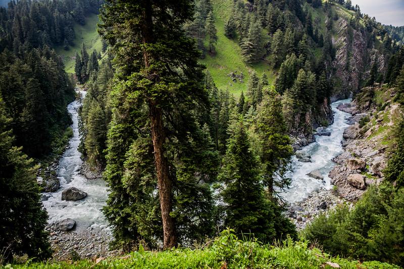 Aharbal, Kashmir