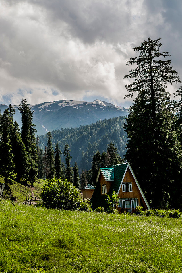 Tourism bungalow at Aharbal waterfalls, Kashmir