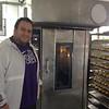 Εργαστήριο ζαχαροπλαστικής στην κατάληψη Μ. Εσφιγμένου