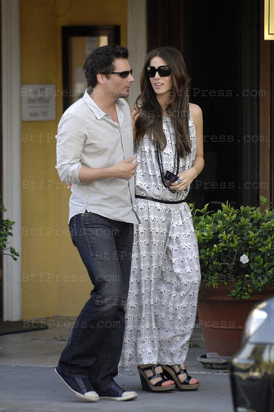 Kate Beckinsale and her husband Len Wiseman. (Photo by Michel Boutefeu)