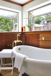 Master Bathroom ClawfootTub