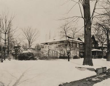 3 Bronson Place