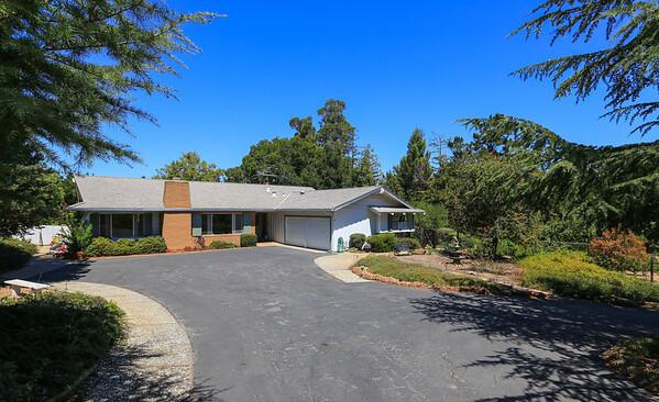 26901 Beatrice Ln, Los Altos Hills