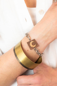 Metalsmith_jewelry_artisan_statement_necklace_metal_etsy_Lilacpop_moon_bracelet592A7998_