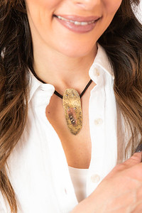 Metalsmith_Necklace_jewelry_artisan_statement_necklace_metal_etsy_Lilacpop_Hammered_Brass_Choker592A7996_