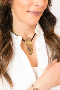 Metalsmith_Necklace_jewelry_artisan_statement_necklace_metal_etsy_Lilacpop_Hammered_Brass_Choker592A7994_