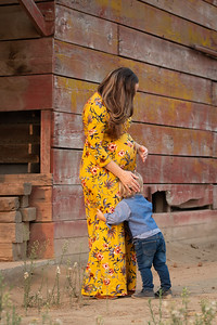 2020-Brennen Maternity Session-9207