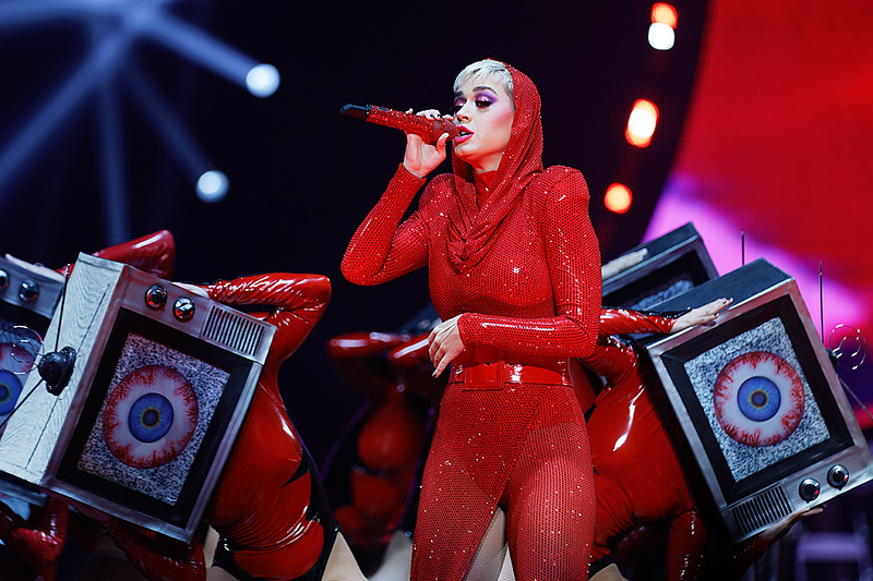 . Katy Perry live at Little Caesars Arena in Detroit, Michigan 12-6-2017. Photo credit: Ken Settle