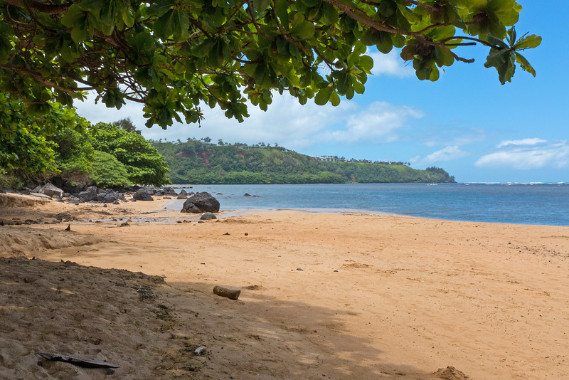 With much of the north side of the island being inaccessible, and rainier weather along the east shore- we only made one trip up that way. Here- the north end of Anini beach