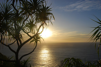 Sunset on the Kalalau Trail  (C) 2009 Minako Tanaka