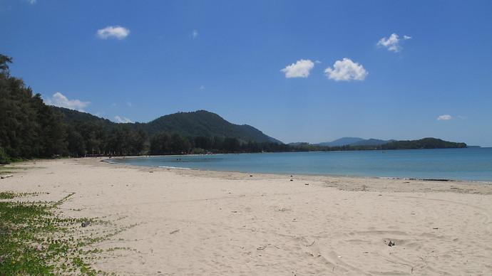 The view of Klong Dao Beach Bay from Kawkwang Beach