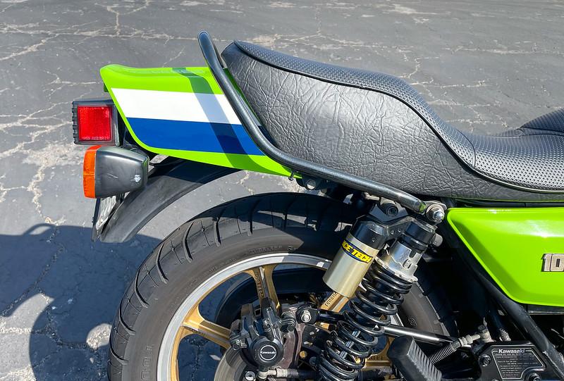 Kawasaki KZ1000J -  (117)
