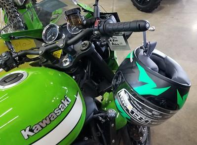 Lidlox Item 1030 on a Kawasaki Z900