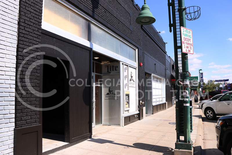 With new paint on the outside and remodeling being done on the inside, Johnny Kaw's in Aggieville is going through reconstruction. (Elizabeth Sandstrom | Collegian Media Group)