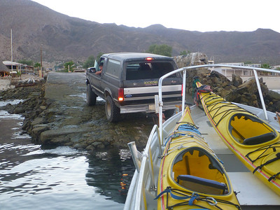 For many years, we have enjoyed camping and eating at Guillermo's In Bahia de Los Angles. We made arrangements with his son, Igor to transport us to La Guarda in a large panga. Here we are leaving the launch ramp in Baja de Los Angeles. His boat easily carried our 3 kayaks and our gear. He has transported as many as 6 kayaks.