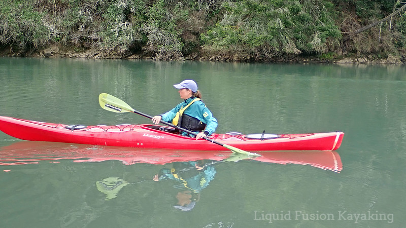 Good posture for backward paddling