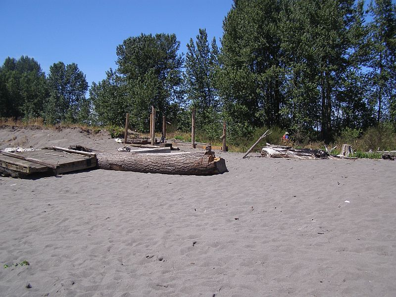 Hump Island Cleanup July 7, 2007