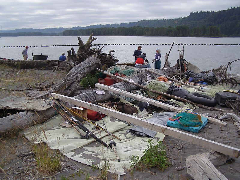 Hump Island Cleanup July 7, 2007