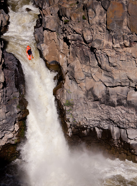 "Tyler Allyn running ""Devil's Washbowl"" on the Malad River in Idaho."
