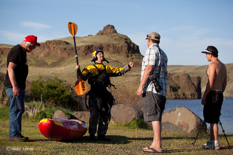 Rafa Ortiz after kayaking over Palouse Falls in Washington
