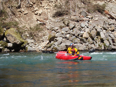 Rafting the North Santiam 4/5/09