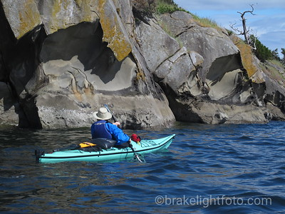Sea Kayaking along the Belle Chain Islets