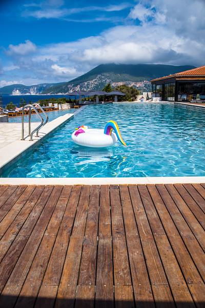 Main pool & restaurant, Hotel Emelisse