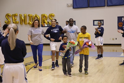 Keiser senior Dominique Winbush with family