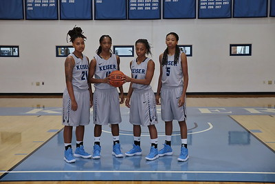 8G1A3364women's basketball