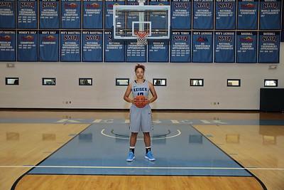 8G1A3372women's basketball