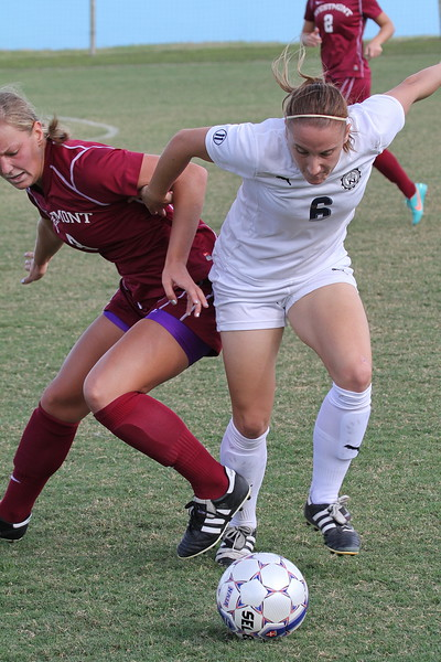 Lady Seahawks Forward Taryn Pardoe (6)