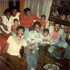 1977-12-17 We are Family