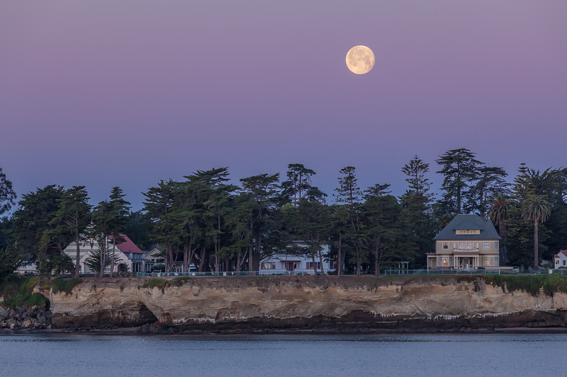 Moonset Over Santa Cruz 2