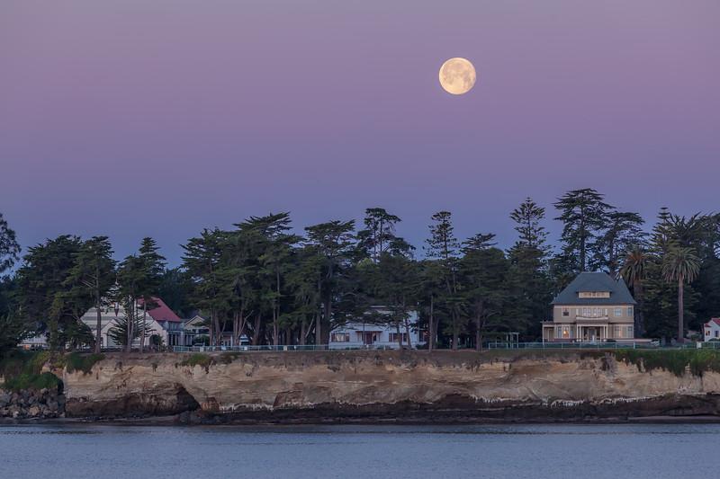 Moonset Over Santa Cruz 2