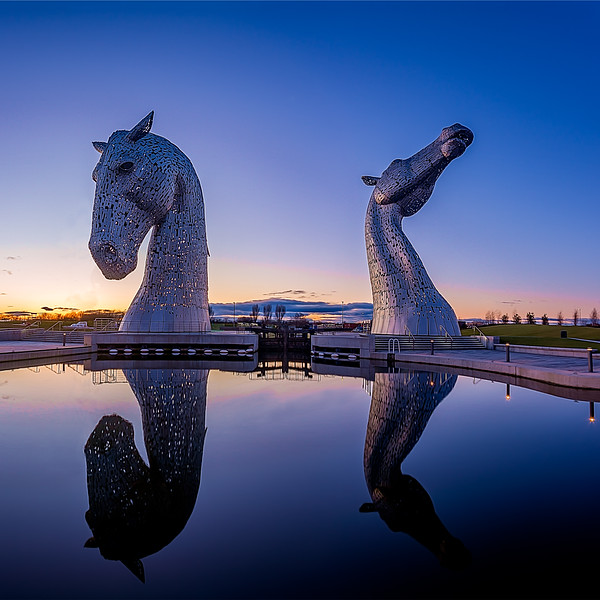 "I posted the original picture of this 2 weeks ago but here is the edited final picture of the Kelpies in the dying light cleaned up. This and other shots of the kelpies can be found on my website  <a href=""http://www.neilhenderson.photography"">http://www.neilhenderson.photography</a>"