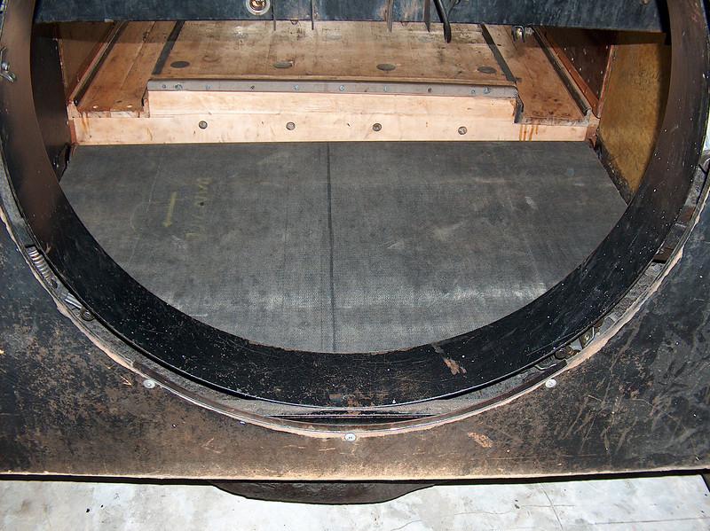 Nov 4, 2010 - Lane 3 carpet replaced