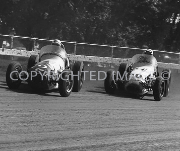 Hoosier Hundred, Foyt leads Hulse into turn one, 1963
